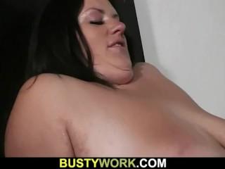 He seduces plump chick into sex