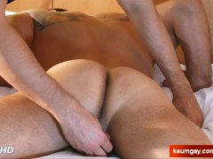 Ighor's cock massage ! (straight guy seduced for gay porn)