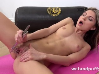 WetAndPuffy - Gina Gerson aka Doris Ivy masturbates with a glass dildo