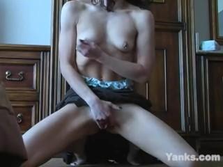 Yanks Brunette Mary Kelly Fingers