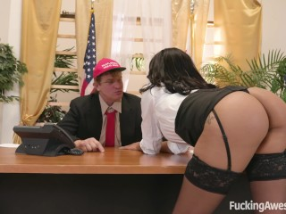 Diamond Helps Her Commander In Chief Get A Load Off