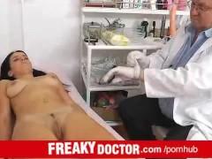 Czech amateur cutie Lily recevies vaginal enema