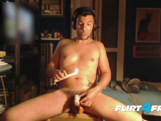 Kinky Gamer Louis Carr Scores With Hot Wax on His Cock