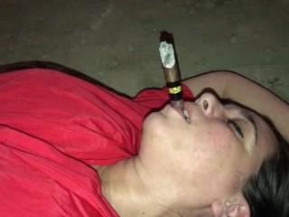 Marta cigar dangling