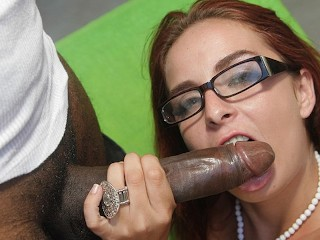 TEENGONZO Slut with glasses Ashley Graham trying a fat BBC