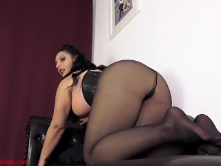 My torn pantyhose - your sacred treasure