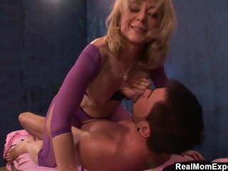 RealMomExposed - Mature masseuse cant resist a young studs cock