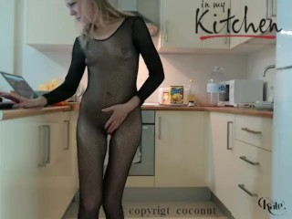 Sexy kitchen show naked Chef Kate sensual raw squirt
