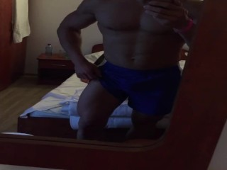RAZ MUSCLE, FLEX MUSCLE ,HOT BODY, FITNESS MODEL