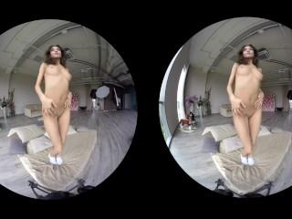 Imagen Erótica recopilación de hermosas chicas amateurs burlas en VR