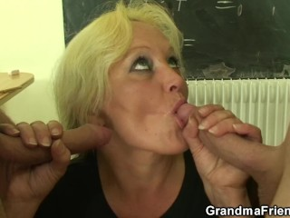 Granny teacher double penetration in the classroom