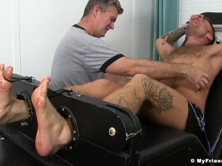 Inked hunk Hoytt Walker gets bound and endures a tickling
