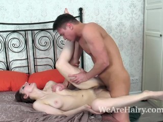 Ariadna Moon gets fucked in her bed by her man