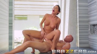 August Ames Gets Fucked Hard In The Shower - Brazzers