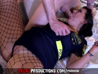 One lucky guy gets is way with the Police - Pegas Productions