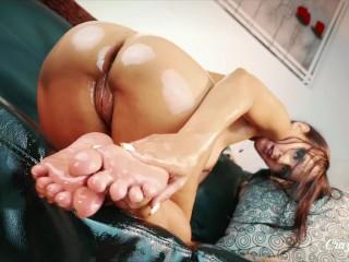 Crazy Bella Feet Pleasure 4K HDMI