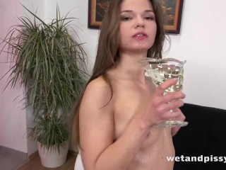 Wetandpissy - Brunette babe tastes her golden piss and toys herself