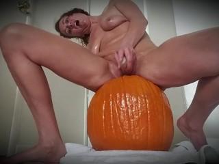 Happy Fall! Fucking my pumpkin