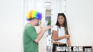 Mofos - I Know That Girl - Asian Honey Gets Pranked starring Amy Parks  dark hair ass natural teen mofos funny booty mofosnetwork asian amateur blowjob first time small tits pov costume prank