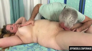 Sexy Fat Girl Baby Rose Gets Her Body, Twat and Ass Massaged