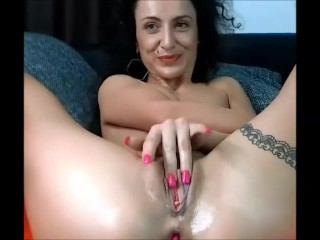 12 Nov 2017 - I play with my pussy in front of the webcam