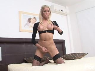 Sexy blonde solo trans