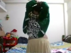 desi_babe_showing_on_cam