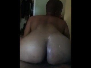 Peaches2.0 booty bouncing on DL nigga dick