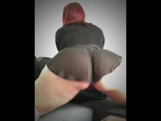 Thick pawg shaking ass