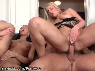 Swingers Party Makes her Squirt