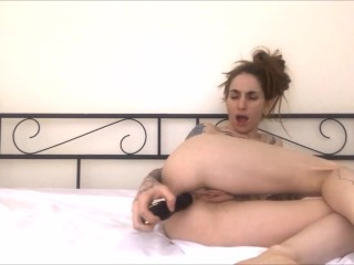 Teen masturbates little asshole with vibrating beads