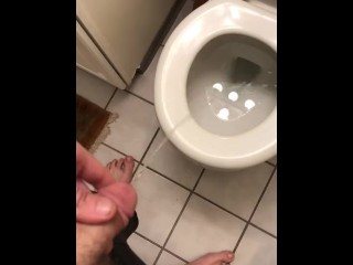 Teen piss in toilet