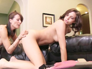 young teen plays with tight pussy milfs