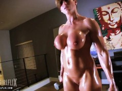 Nude Female Bodybuilder Big Fake Tits Workout
