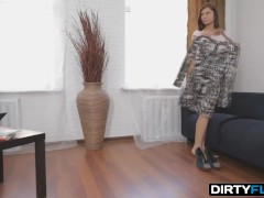 Dirty Flix - Foxy - Hot thing is a courtesan