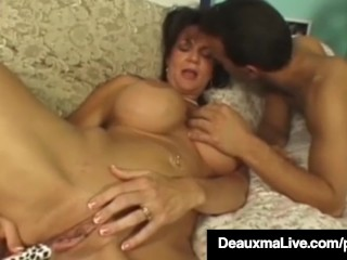 Texas Cougar Deauxma Gets Her Tight Ass Banged By Hard Cock!