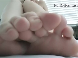 Peeling Off Socks with Toes & Toe Sucking!