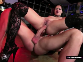 LaSublimeXXX Valentina Canali spuit in intense anale seks