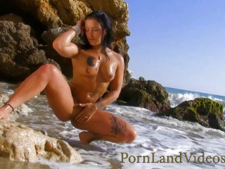 outdoor beach anal fuck with slutty brunette Brook Lynn