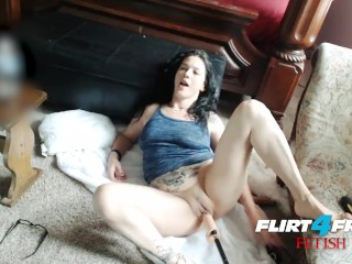 Lola Munoz on Flirt4Free Fetish - Babe Smokes Enjoying Her Dildo Machine