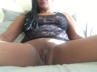 Rich Lonely Housewife Mastubates Only for YOU