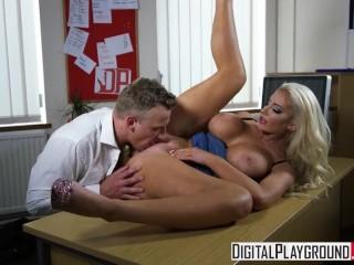 DigitalPlayground - De nieuwe meid aflevering 1 Nicolette Shea en Luke Hardy