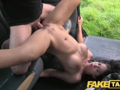 Perfect tits and a great arse gets the full taxi treatment
