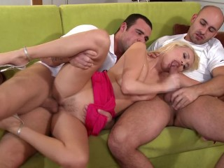 Hot Blonde Babe Takes on Two Thick Dicks Pretty Rough Sex