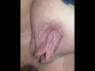 Pussy lips hanging/ masturbation