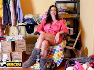 BANGBROS - Behind The Scenes With Big Tits MILF Pornstar Kendra Lust!