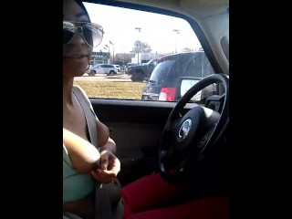 Sexy Girl drives topless flashes