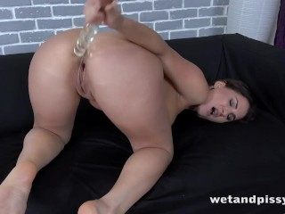 Wetandpissy - The Gusher - Pussy Pissing