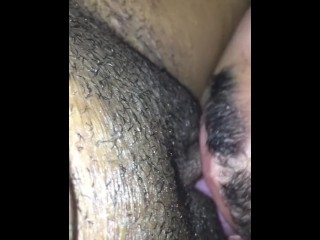 Eating that pussy