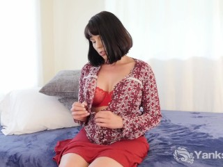 Yanks Chesty Amber Chase Cums